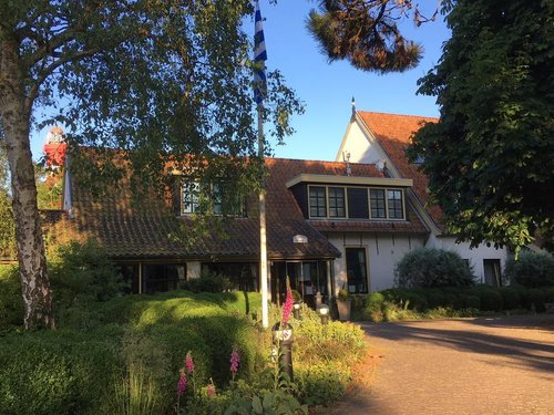De Torenhoeve Burgh Haamstede, Photo front of hotel